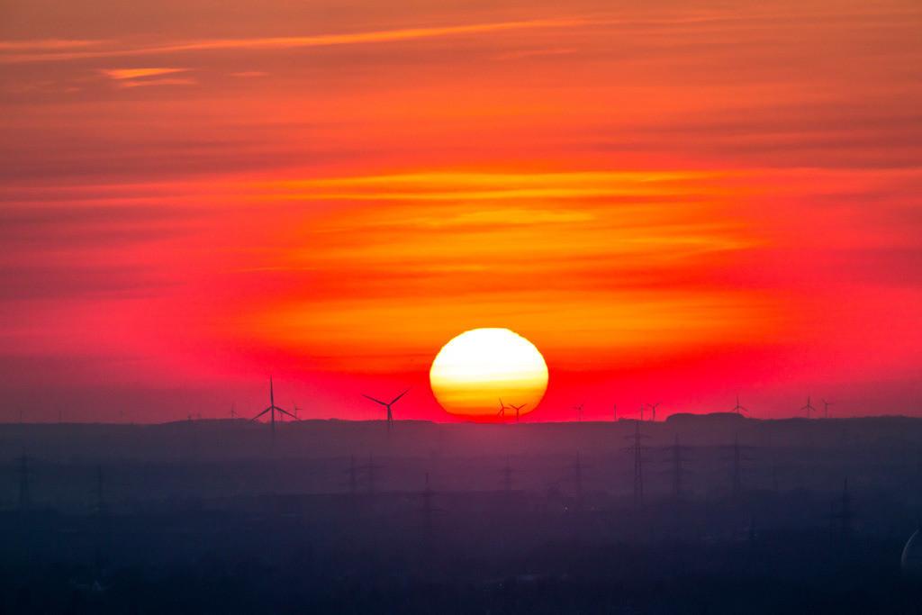 JT-160216-003 | Windenergieanlagen, Windkraftwerke, Ruhrgebiet, Niederrhein, Sonnenuntergang,