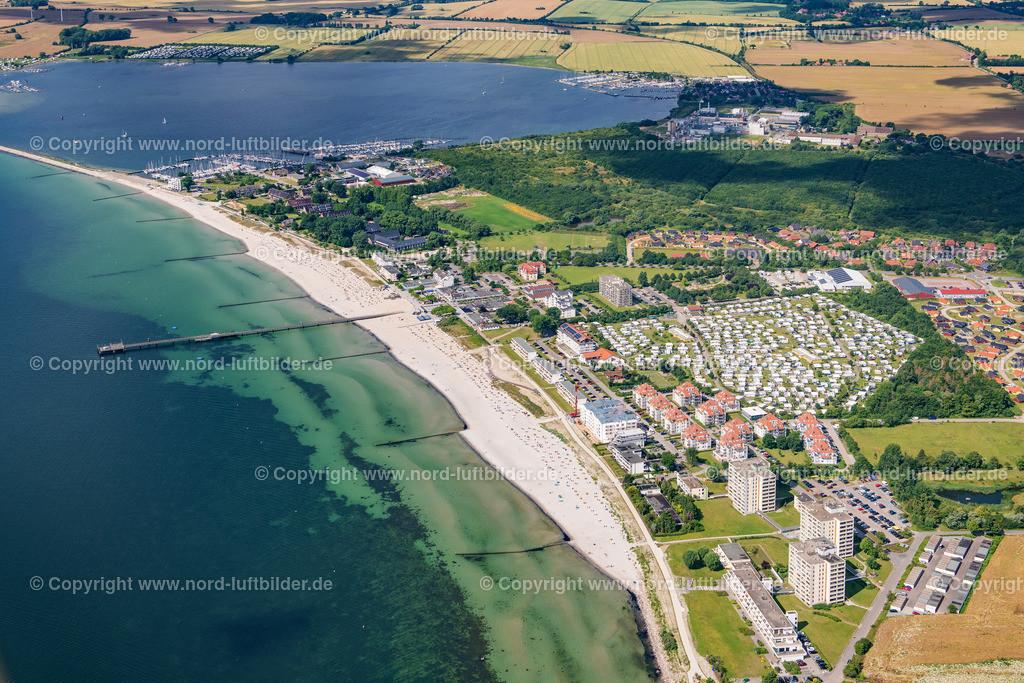 Großenbrode_ELS_8935130720 | Großenbrode - Aufnahmedatum: 13.07.2020, Aufnahmehöhe: 442 m, Koordinaten: N54°21.753' - E11°06.459', Bildgröße: 8256 x  5504 Pixel - Copyright 2020 by Martin Elsen, Kontakt: Tel.: +49 157 74581206, E-Mail: info@schoenes-foto.de  Schlagwörter:Schleswig-Holstein,Tourismus,Ostsee,Luftbild,Luftbilder,Deutschland