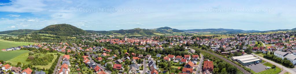 Panorama Zierenberg vom Schlag_4zu1