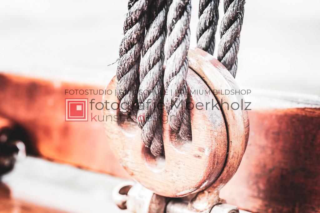 @Marko_Berkholz_mberkholz_MBE6631 | Die Bildergalerie Zeesenboot | Maritim | Segel des Warnemünder Fotografen Marko Berkholz zeigt maritime Aufnahmen historischer Segelschiffe, Details, Spiegelungen und Reflexionen.