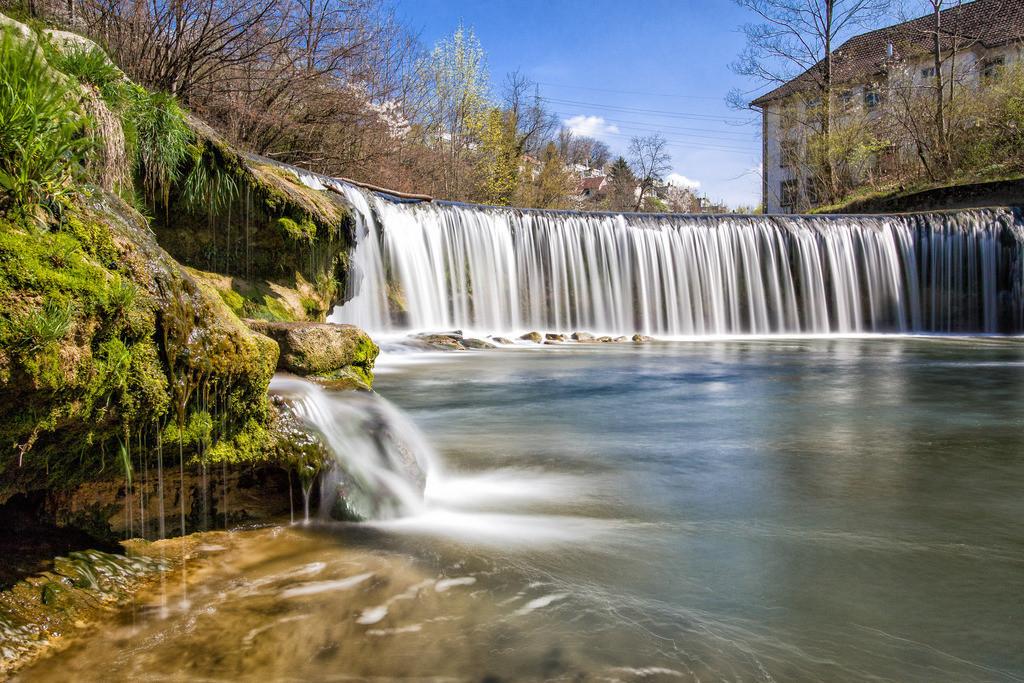 Leben | Man badet zweimal nicht im selben Bach, erwacht nicht zweimal zu demselben Leben.  Edward Young