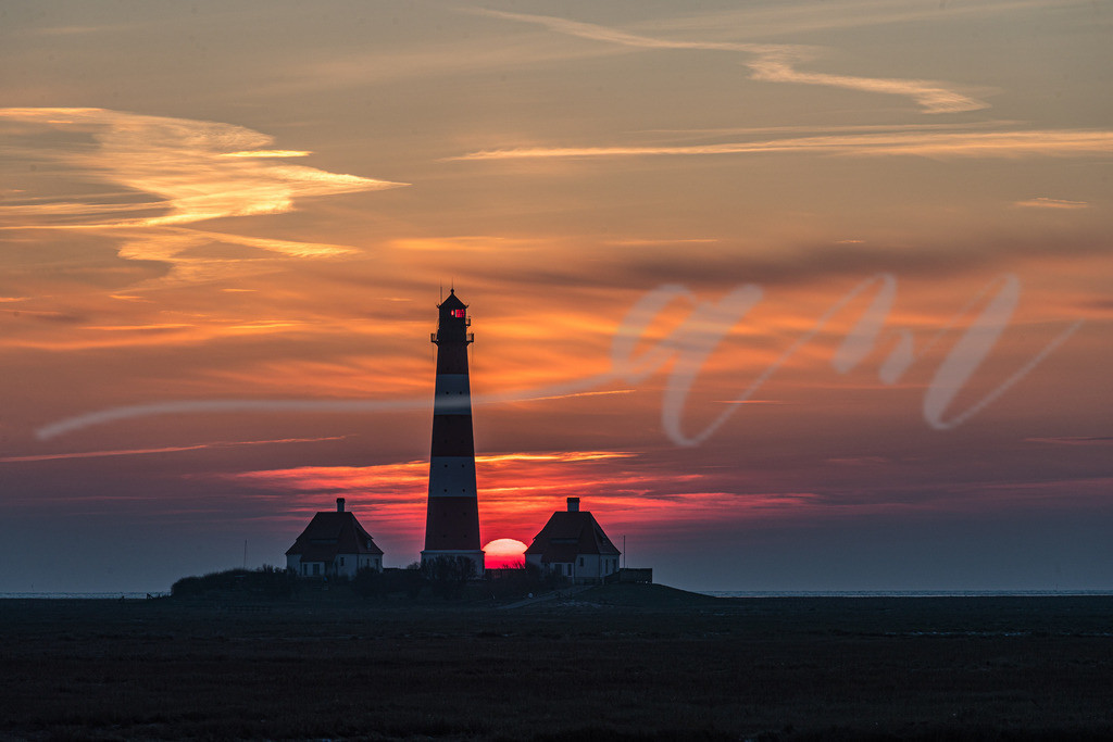 Mirs018-9731 | nordsee, sonne, SPO, strand, winter, sonnenuntergang, himmel, wolken, bewölkt, oranger himmel, westerhever, leuchtturm