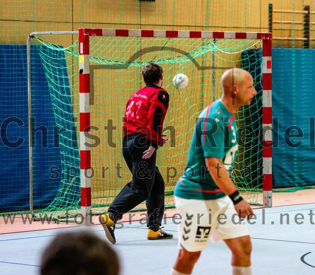 2020-10-17_020_SpVgg_Altenerding_II_gegen_TSV_Taufkirchen-Vils   Erding, Deutschland, 17.10.2020: Handball, Bezirksliga Männer 2020 / 2021, 1. Spieltag, SpVgg Altenerding II gegen TSV Taufkirchen/Vils, Endergebnis: 23:22  Foto: Christian Riedel / fotografie-riedel.net
