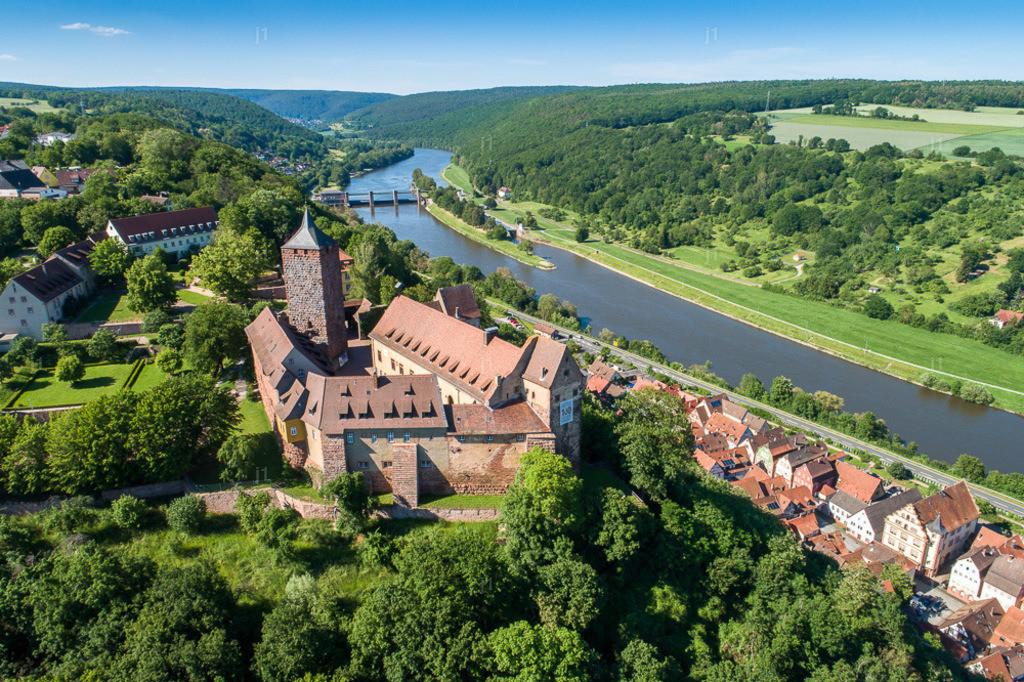 JS_DJI_0488_Burg_Rothenfels