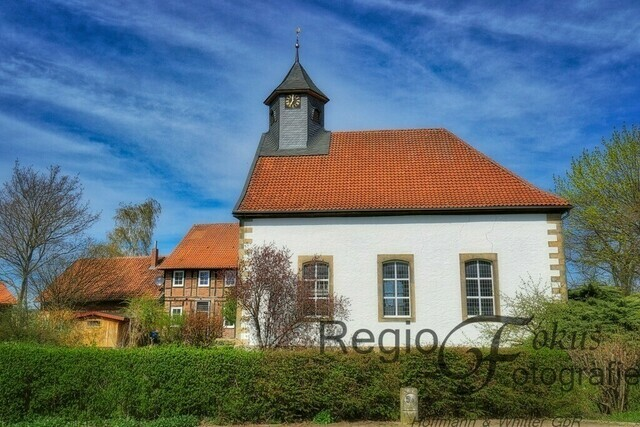 St.-Georg-Kapelle Listringen | Die heutige Kapelle wurde1804 von Graf Ludwig von Wallmoden-Gimborn erbaut.