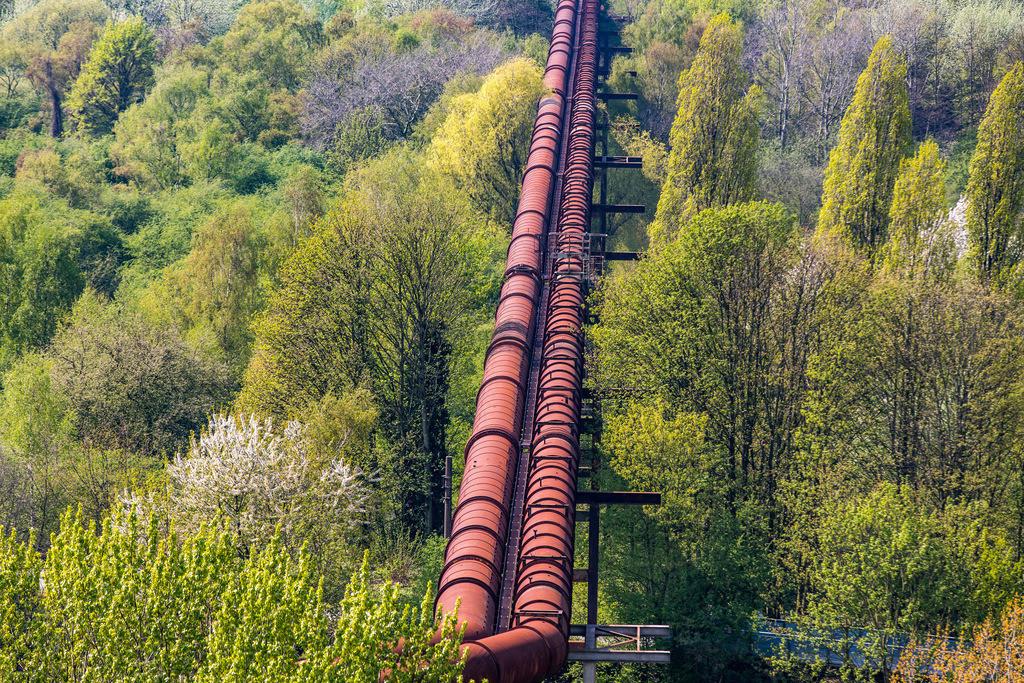 JT-180422-076 | Landschaftspark Duisburg, Nord, ehemaliges Hüttenwerk, in Duisburg Meidrich, Hochofengas, Rohrleitung,