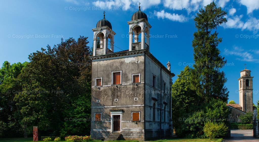 Alte Kirche in Italien