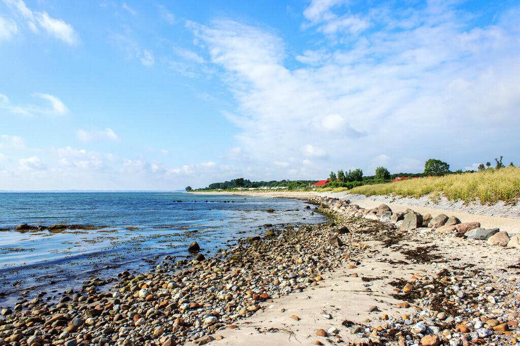 Frühling an der Ostsee | Blick auf den Strand in Booknis im Frühling