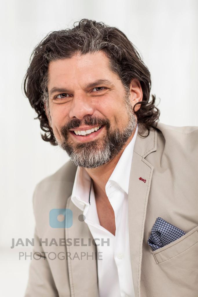Gregory B. Waldis   Gregory B. Waldis beim Fototermin in Hamburg am 8.6.2015 zur neuen Staffel von