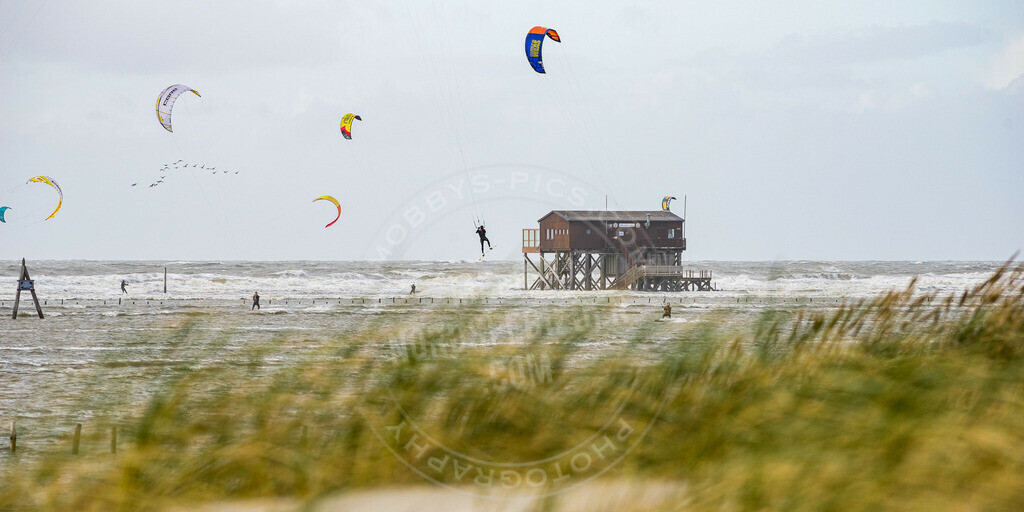 _DSC7911 | Kiter bei  Sturmflut