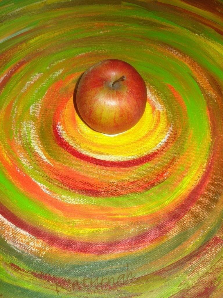 Lebenslust    Wenn der Apfel weit vom Stamm gefallen ist, dann landet er mitten in der Lebenspsirale. Knackig und Lebensfroh!