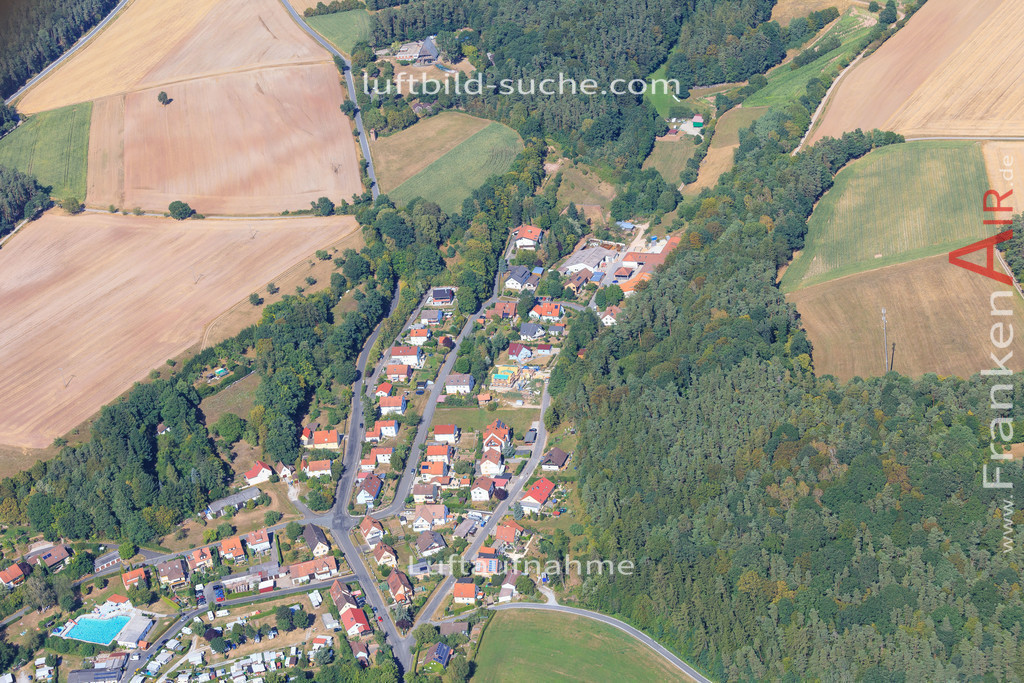 luftbild-gutenstetten-2015-4995 | Luftbild von  Gutenstetten - Luftaufnahme wurde 2015 von https://frankenair.de mittels Flugzeug (keine Drohne) erstellt - die Geschenkidee