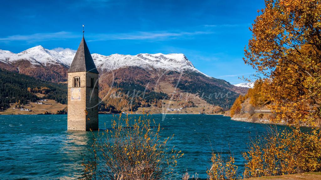 Reschensee | Versunkener Kirchturm im Reschensee