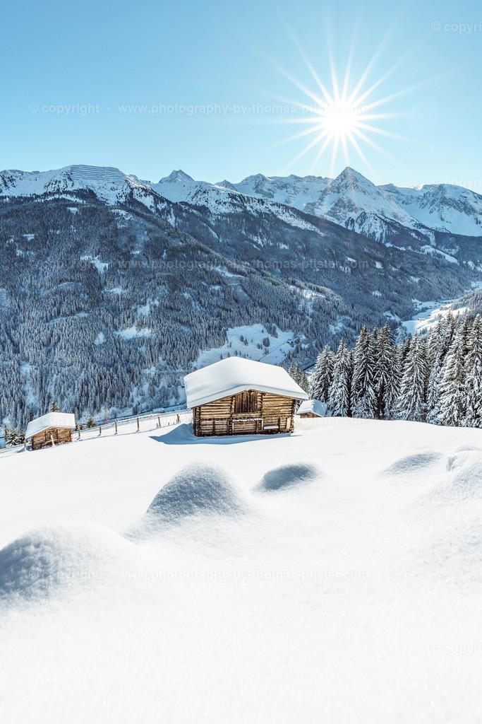Winterlicher Blick vom Gemais hinunter in Tal