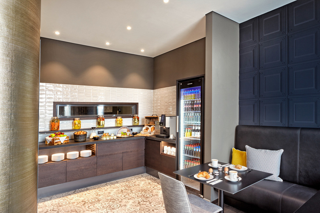 executive-lounge-01-hyperion-hotel-leipzig