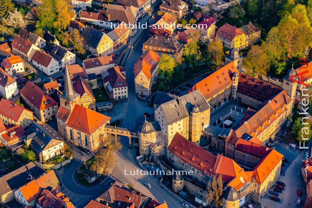 schloss-thurnau-18-220 | aktuelles Luftbild von Schloss Thurnau - Luftaufnahme wurde 2018 von https://frankenair.de mittels Flugzeug (keine Drohne) erstellt.