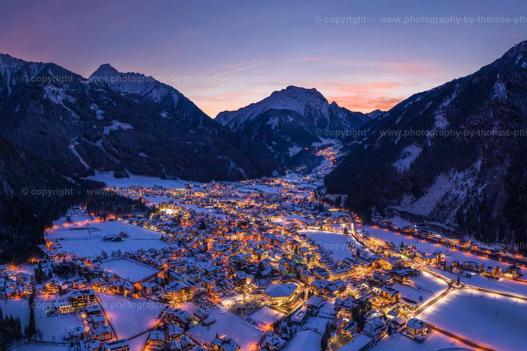 Mayrhofen Blaue Stunde Winter-1