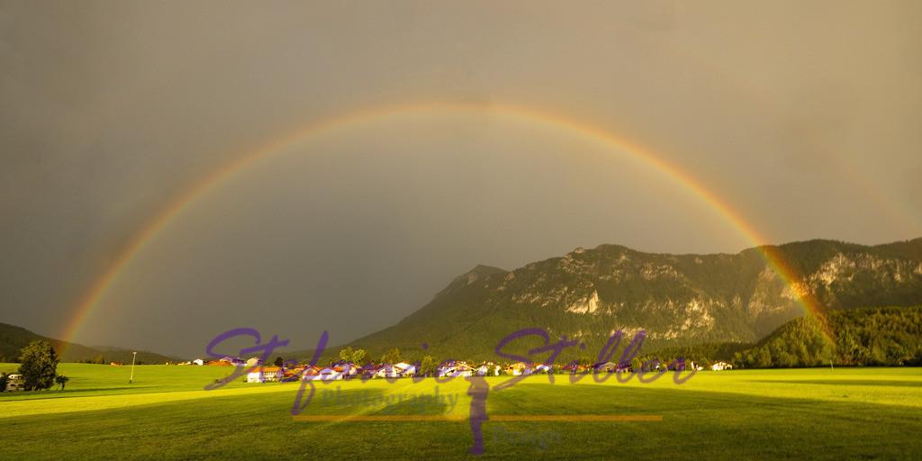 Rainbow over Inzell / Regenbogen über Inzell   Complete semicircle of a rainbow in fromt of Bavarian Alps / Kompletter Halbkreis eines Regenbogens vor den Bayerischen Alpen