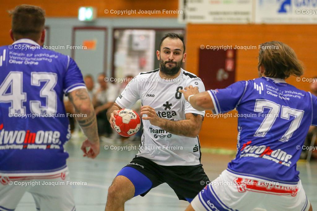 190913_msg_0195 | despor 2019.09.13 HHV Handball Männer Oberliga MSG Umstadt/Habitzheim gegen TuS Dotzheim emspor, emonline, despor,  v.l.,  #43 Marc Teuner (TUS Dotzheim),David Asic (MSG Umstadt/Habitzheim),  #77 Max Kaczmarek (TUS Dotzheim), Zweikampf, Action, Aktion, Battles for the Ball Foto: Joaquim Ferreira