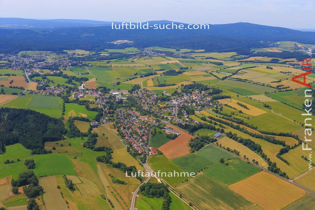 schoenbrunn-wunsiedel-2016-236 | Luftbild von Schoenbrunn Wunsiedel - Luftaufnahme wurde 2016 von https://frankenair.de mittels Flugzeug (keine Drohne) erstellt - die Geschenkidee