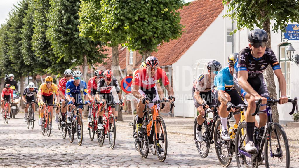 31st PostNord Danmark Rundt - Tour of Denmark 2021, Stage 02 Ribe - Sonderborg; Mogeltonder, 11.08.2021 | 31st PostNord Danmark Rundt - Tour of Denmark 2021, Stage 02 Ribe - Sonderborg; Mogeltonder, 11.08.2021, DE VOS Adam (Rally Cycling), National Road Champion Canada
