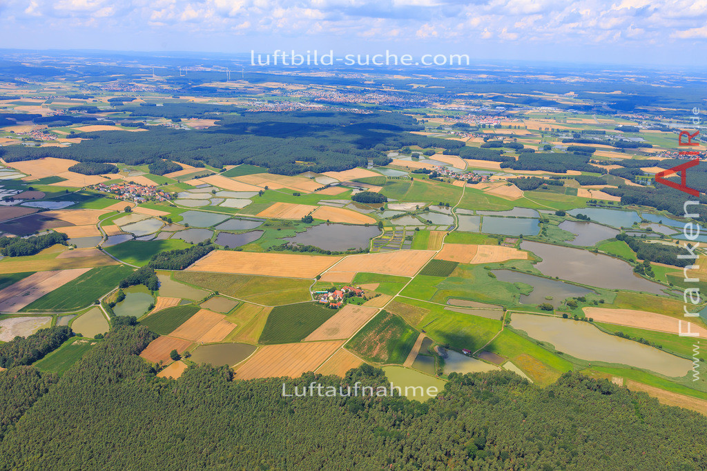 weihergebiet-hessdorf-17-4879 | Luftbild von Weihergebiet Hessdorf - Luftaufnahme wurde 2017 von https://frankenair.de mittels Flugzeug (keine Drohne) erstellt - die Geschenkidee