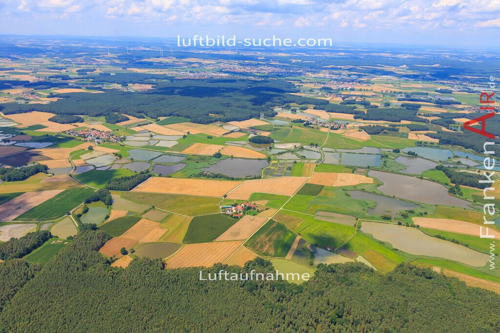 weihergebiet-hessdorf-17-4879   Luftbild von Weihergebiet Hessdorf - Luftaufnahme wurde 2017 von https://frankenair.de mittels Flugzeug (keine Drohne) erstellt - die Geschenkidee