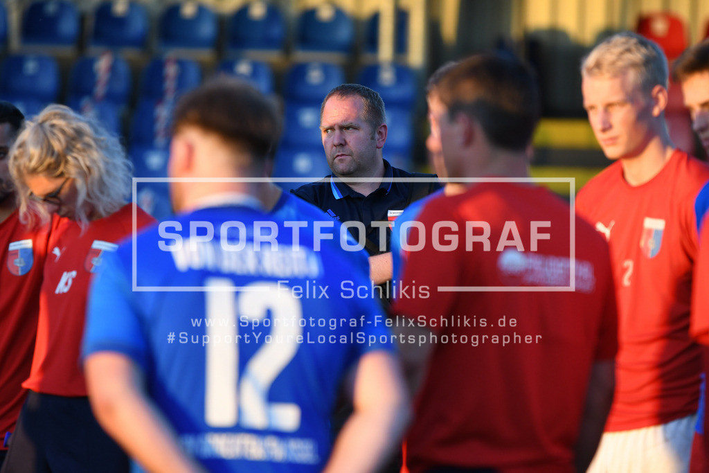 Fussball I Testspiel I SV Drochtersen_Assel - SV Ahlerstedt_Ottendorf I 31.07.2020_00121 | Fussball I Testspiel I SV Drochtersen/Assel - SV Ahlerstedt/Ottendorf am 31.07.2020 in Drochtersen  (Kehdinger Stadion), Deutschland.