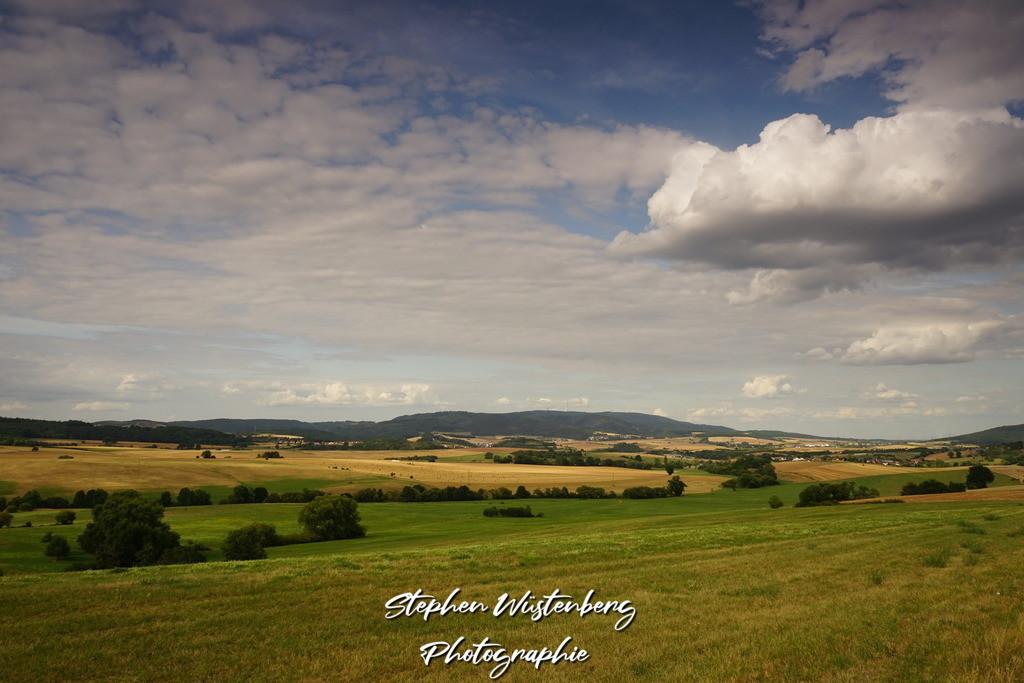 Der Donnersberg mit Wolken | Der Donnersberg mit Wolken