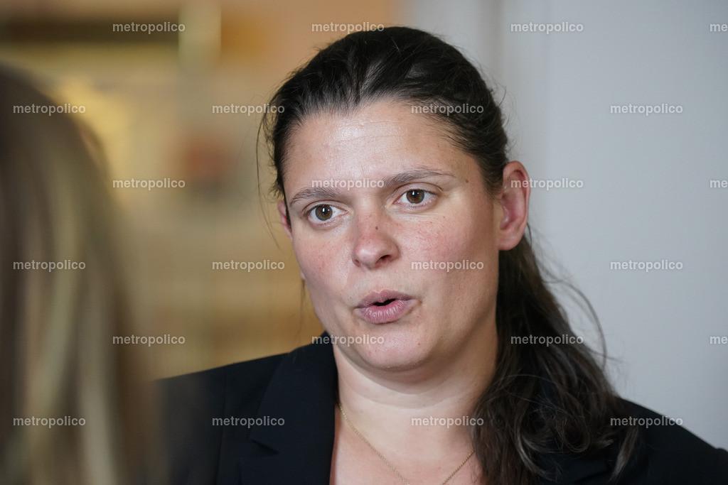 Agnes Becker (9)