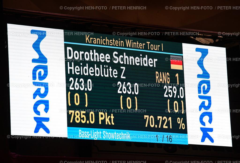 S-Dressur Darmstadt Kranichstein Winter Tour 29.01.2021 ©HEN-FOTO | S-Dressur Darmstadt Kranichstein Winter Tour 29.01.2021 Dorothee Schneider auf Heideblüte v Frankfurter Turnierstall Schwarz Gelb copyright HEN-FOTO (Peter Henrich)