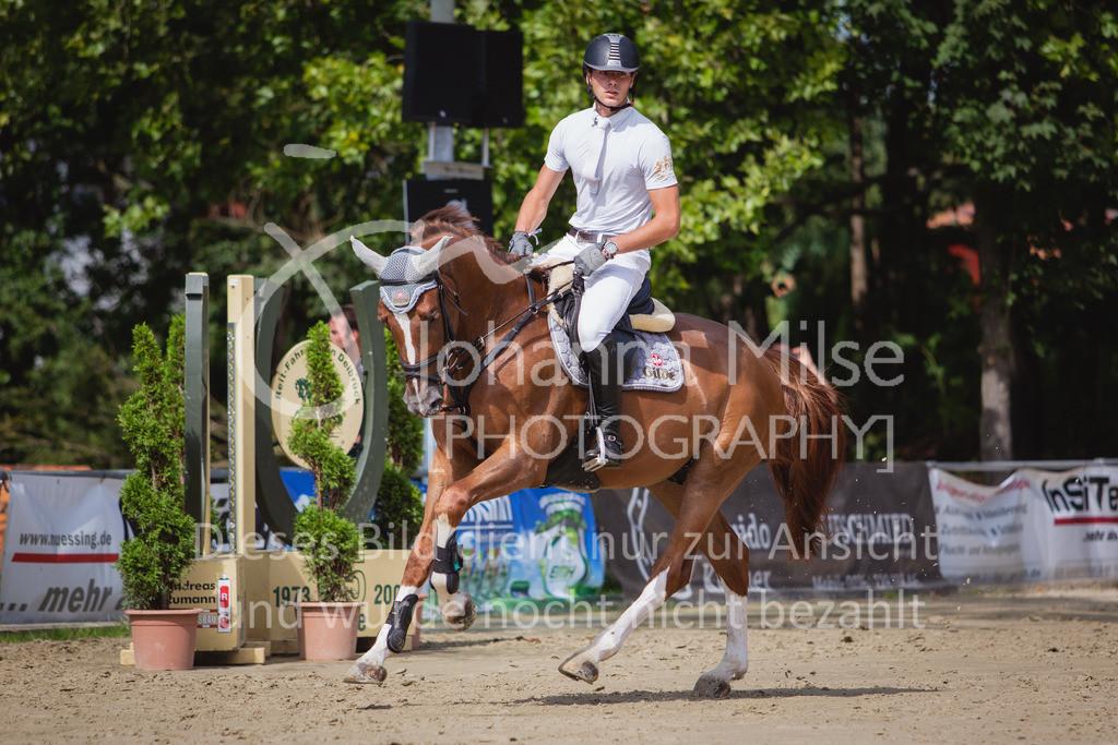 200819_Delbrück_Sprpf-A_1_2-058   Delbrück Masters 2020 Springpferdeprüfung Kl. A* 4jährige Pferde
