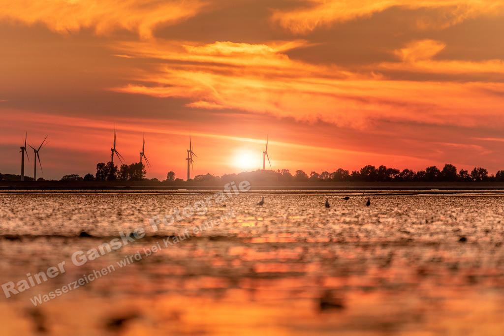 180801-20-Hooksiel Strand Sonnenuntergang