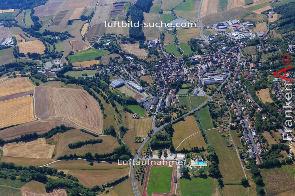 niederndorf-burghaslach-2015-4988   Luftbild von Niederndorf Burghaslach - Luftaufnahme wurde 2015 von https://frankenair.de mittels Flugzeug (keine Drohne) erstellt - die Geschenkidee