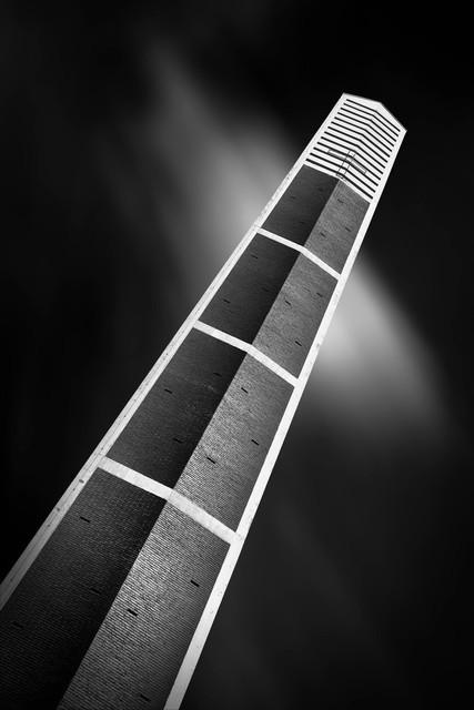 Obelisk | Petruskirche, Bürrig