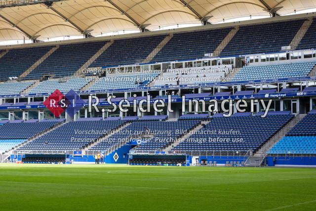 Fußball, Herren, Testspiel, Hamburger SV - FC Hansa Rostock, Volksparkstadion, 09.08.2020   Osttribüne des Volksparkstadions in Hamburg (Innenraum)