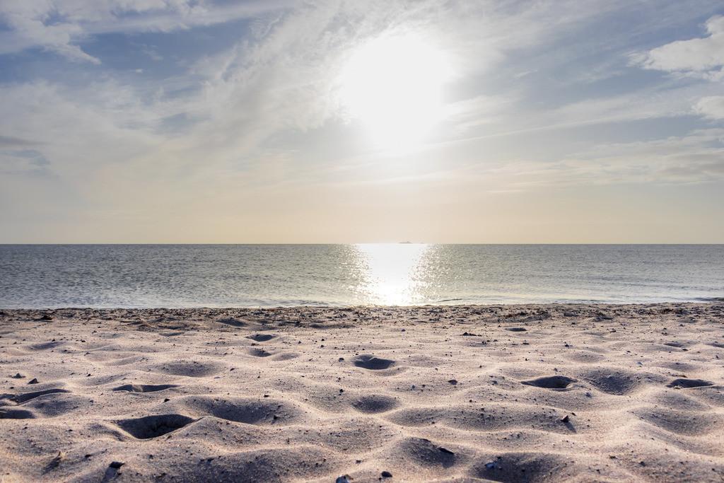 Strand in Weidefeld | Sonnenschein am Strand in Weidefeld