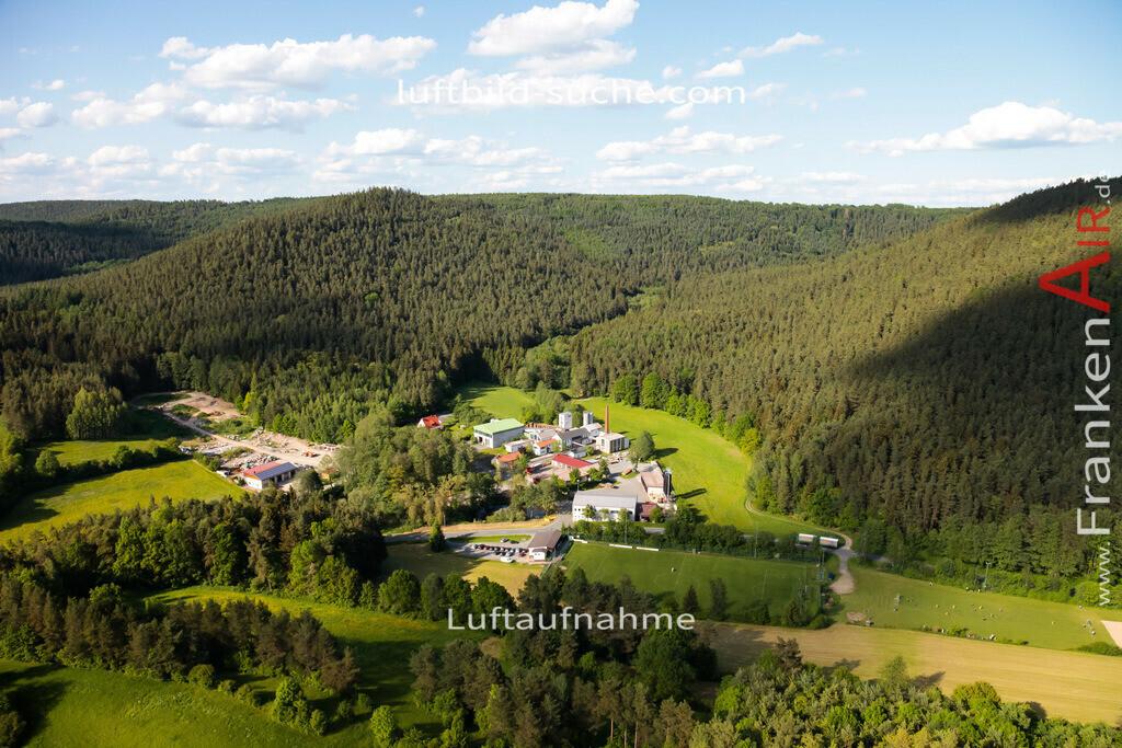 leuchau-kulmbach-2009-1274 | Luftbild von Leuchau Kulmbach - Luftaufnahme wurde 2009 von https://frankenair.de mittels Flugzeug (keine Drohne) erstellt - die Geschenkidee