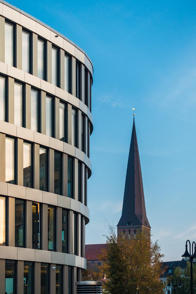 Blick auf die Petrikirche in Rostock | Blick auf die Petrikirche in Rostock.