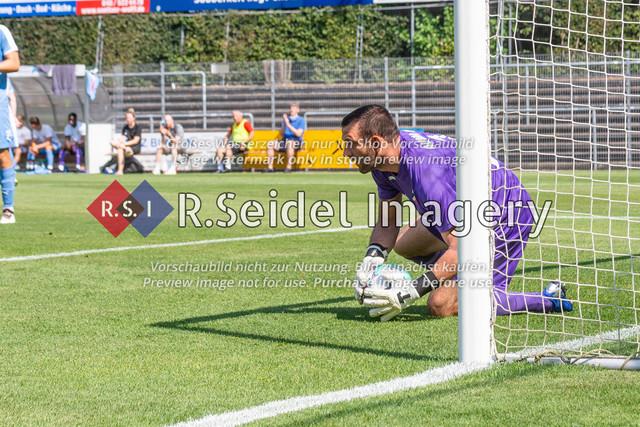 Fußball, Herren, LOTTO-Pokal Halbfinale, FC Eintracht Norderstedt - Altona 93, Edmund-Plambeck-Stadion, 16.08.2020   Tobias Braun (#1, AFC, Torwart)
