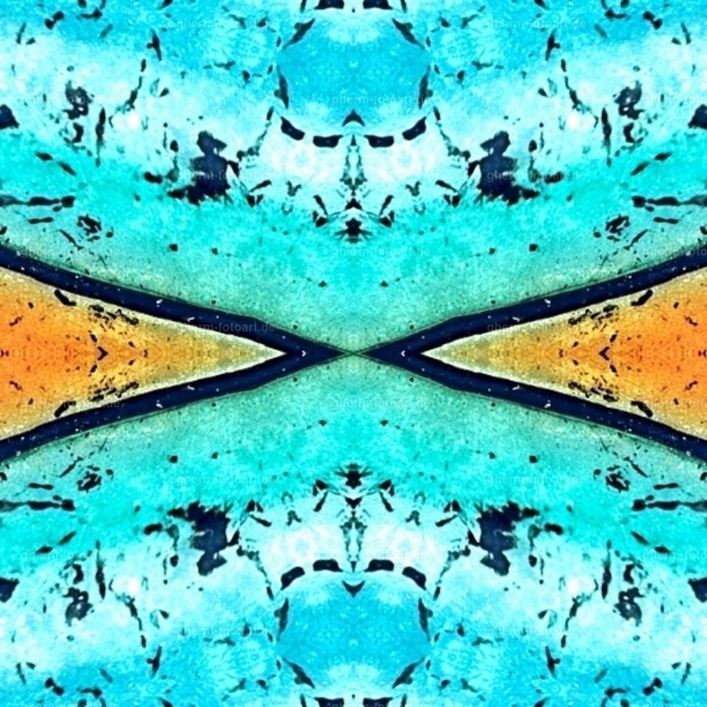 struktur in glas_fl-kaleidoskop-random-heller-klarheit
