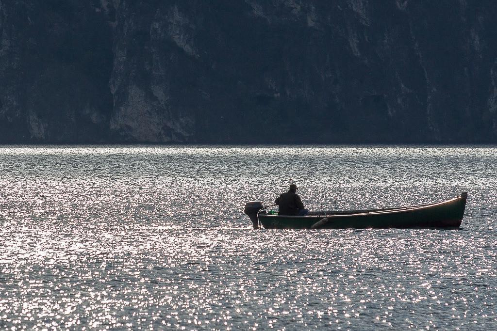 Fischer im Gardasee