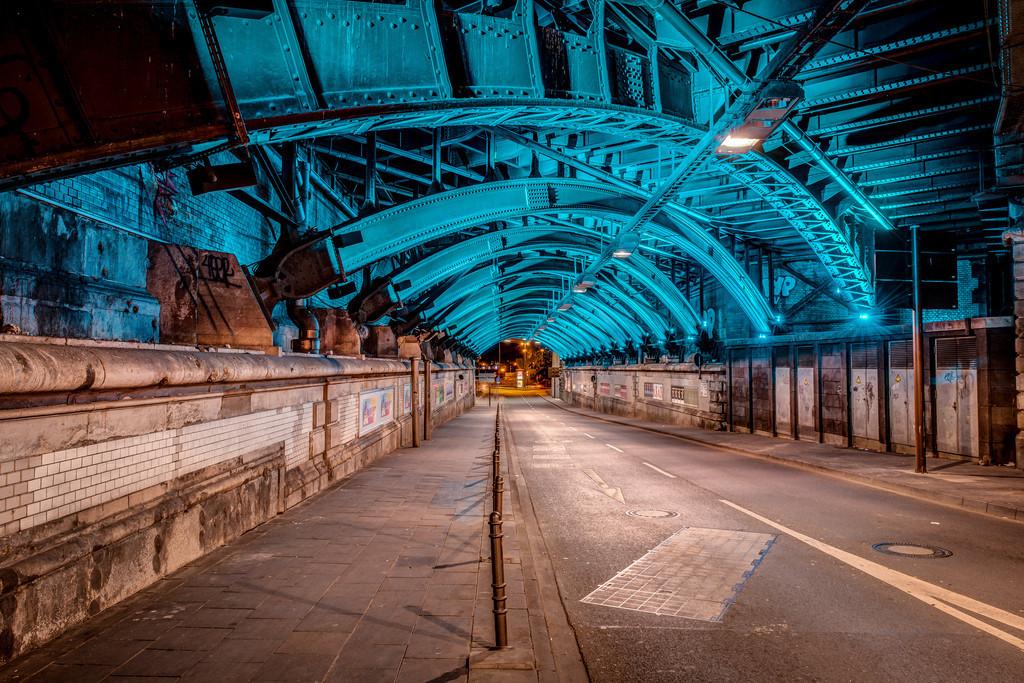 Blauer Tunnel unter dem Hauptbahnhof
