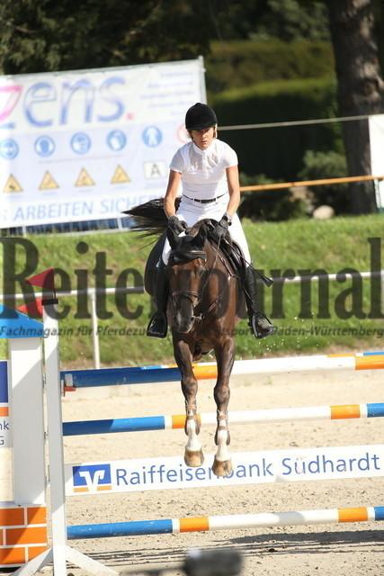 Durmersheim_2020_Amazonen-Springprfg_Kl.S_Barbara Steurer-Collee_Salt_N Pepper (23)