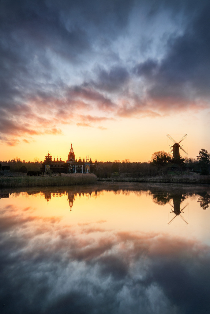 Wolken am Morgen über dem Mühlen 2