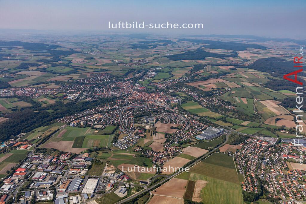 neustadt-aisch-19-304 | aktuelles Luftbild von  Neustadt-aisch - Luftaufnahme wurde 2019 von https://frankenair.de mittels Flugzeug (keine Drohne) erstellt.