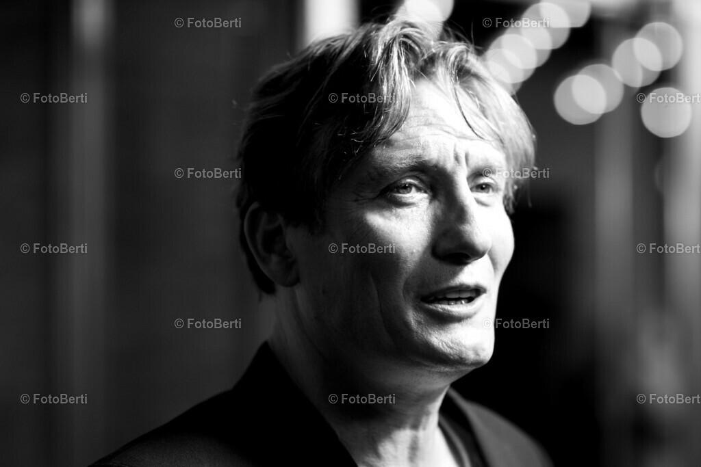 Schauspieler-Portrait   Oliver Masucci