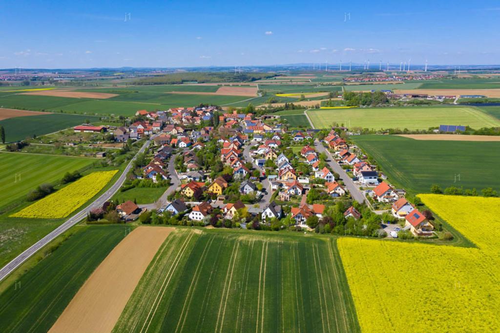 J1_DJI_0951_260420_Püssenheim