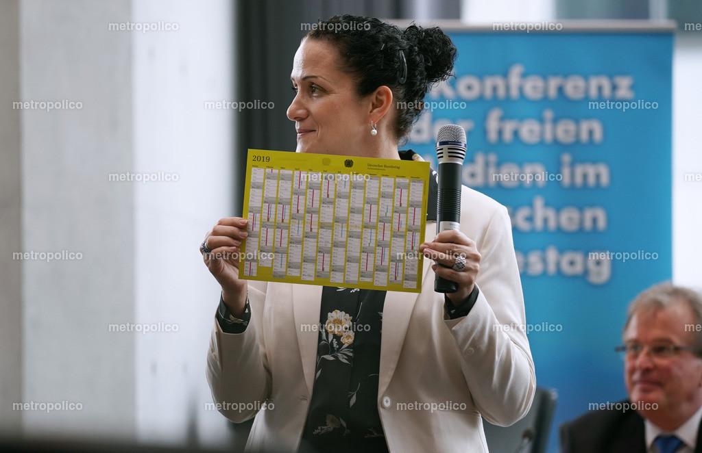 Nicole Höchst und der Sitzungskalender des Bundestages (2)