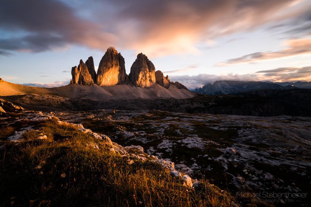 Drei Zinnen   Die Drei Zinnen in den Dolomiten in Südtirol / Italien